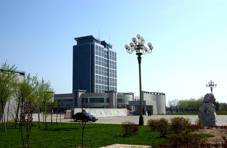 中国石油大学(华东)南大门